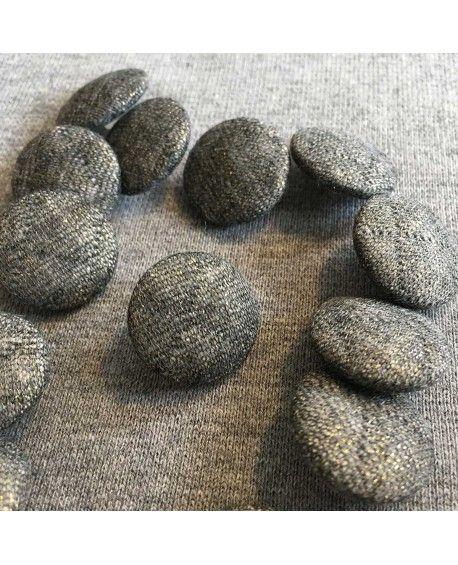 Stofknapper i quiltet stof