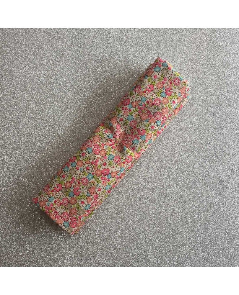 Fat Quarter - Kobayashi - Små blomster - lyserød