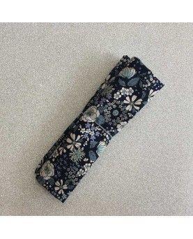 Fat Quarter - Kobayashi - Blomster - Mørkeblå