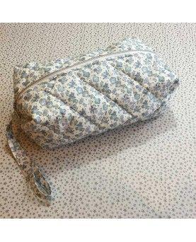 Quiltet taske syet af Liberty stof