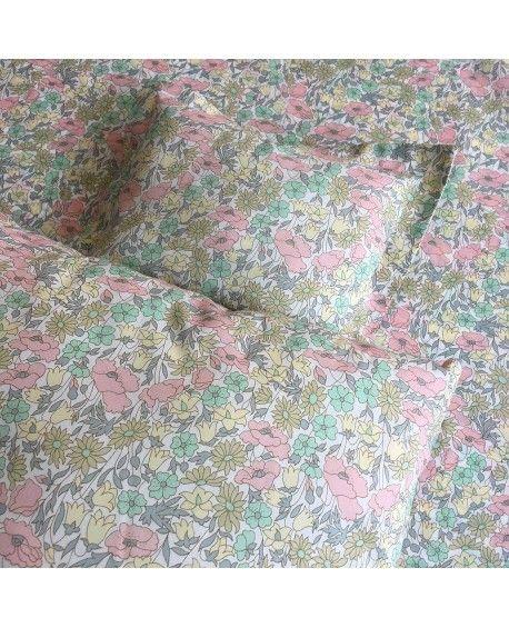 Dukke sengetøj syet i Liberty stof
