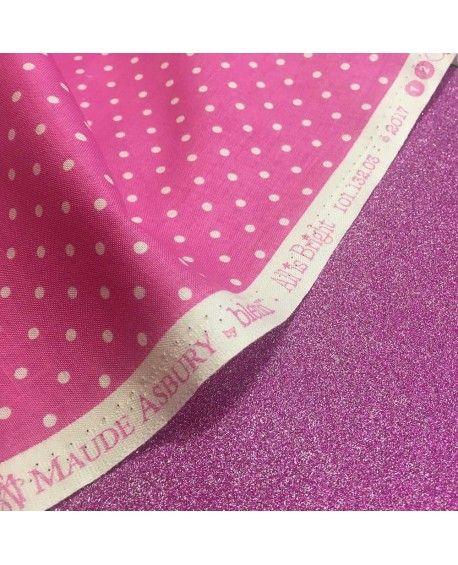 Pink stof med prikker