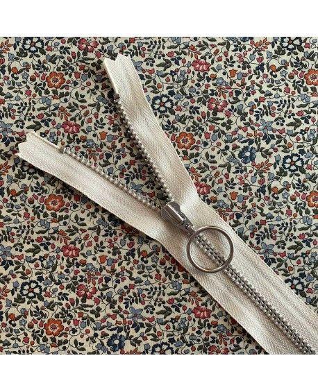 Lynlås YKK med ring - 25cm off white