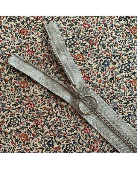 Lynlås YKK med ring - 25cm lysegrå