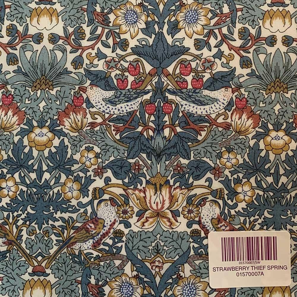 Liberty stof fabrics Strawberry Thief Spring 01570007A