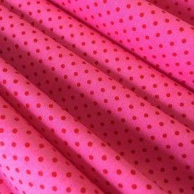Prikket pink