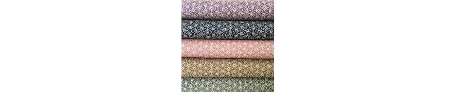 Japanske stoffer fra Sevenberry - Vi har stoffet med det japanske traditionelle geometriske stjerne mønster - Asanoha stjernen